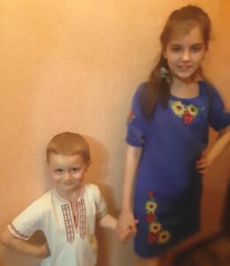 4-Б Літвінова Софія з братиком
